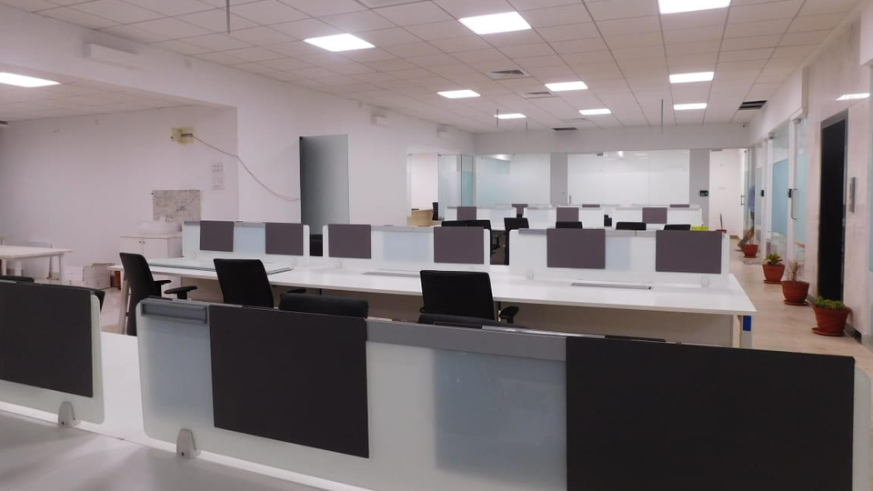 Open Space Desk